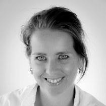 Mevrouw E.M.T. van der Linden-Heijmans, preventie-assistente
